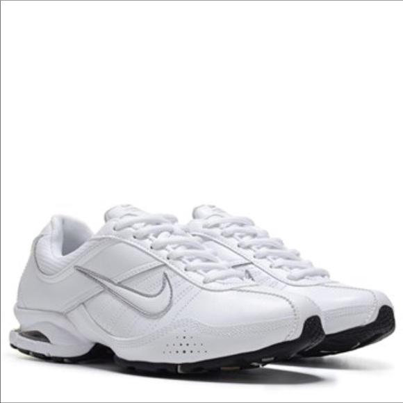 Zapatos Nike Air Cross Training Exceda Del Tamaño Poshmark De Las Mujeres 10 Poshmark Tamaño 6247df